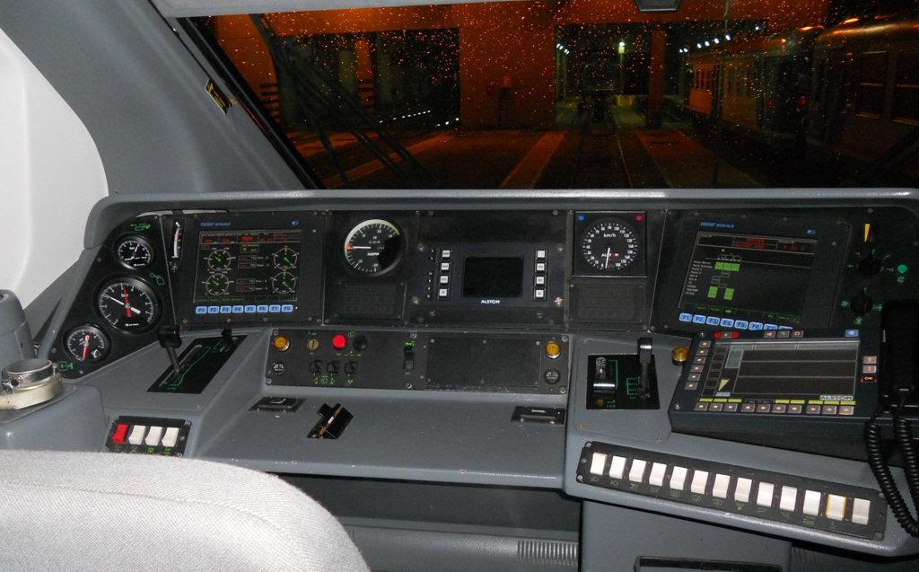 Train nuove cabine per minuetti elettrici e for Piani di cabina di base di base